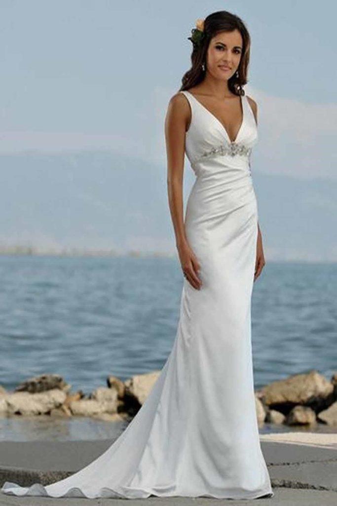 1095529be1 Casual white wedding dress - phillysportstc.com