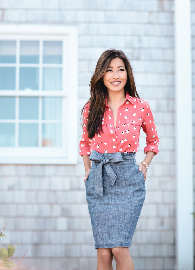 are jeans business casual attire photo - 1