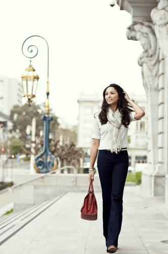 are jeans business casual for a woman photo - 1