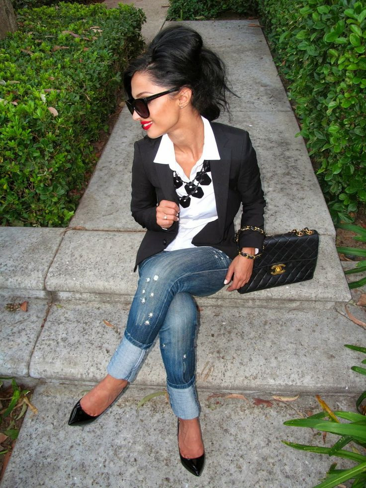 business casual attire jeans photo - 1