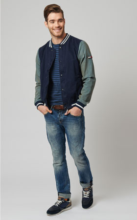 business casual dress code jeans photo - 1