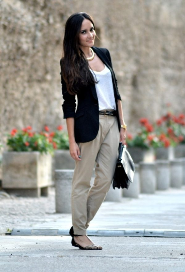 business casual female winter photo - 1