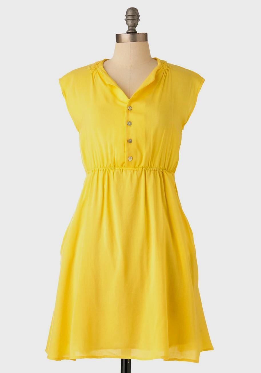 casual yellow dress photo - 1