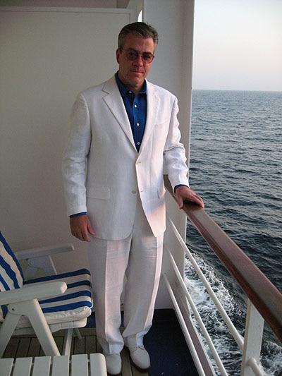 current mens suit style photo - 1