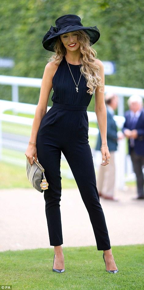 elegant casual dress code photo - 1