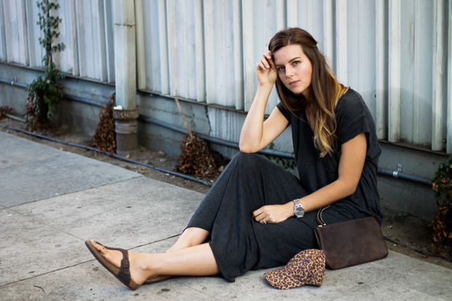 is a maxi dress business casual photo - 1