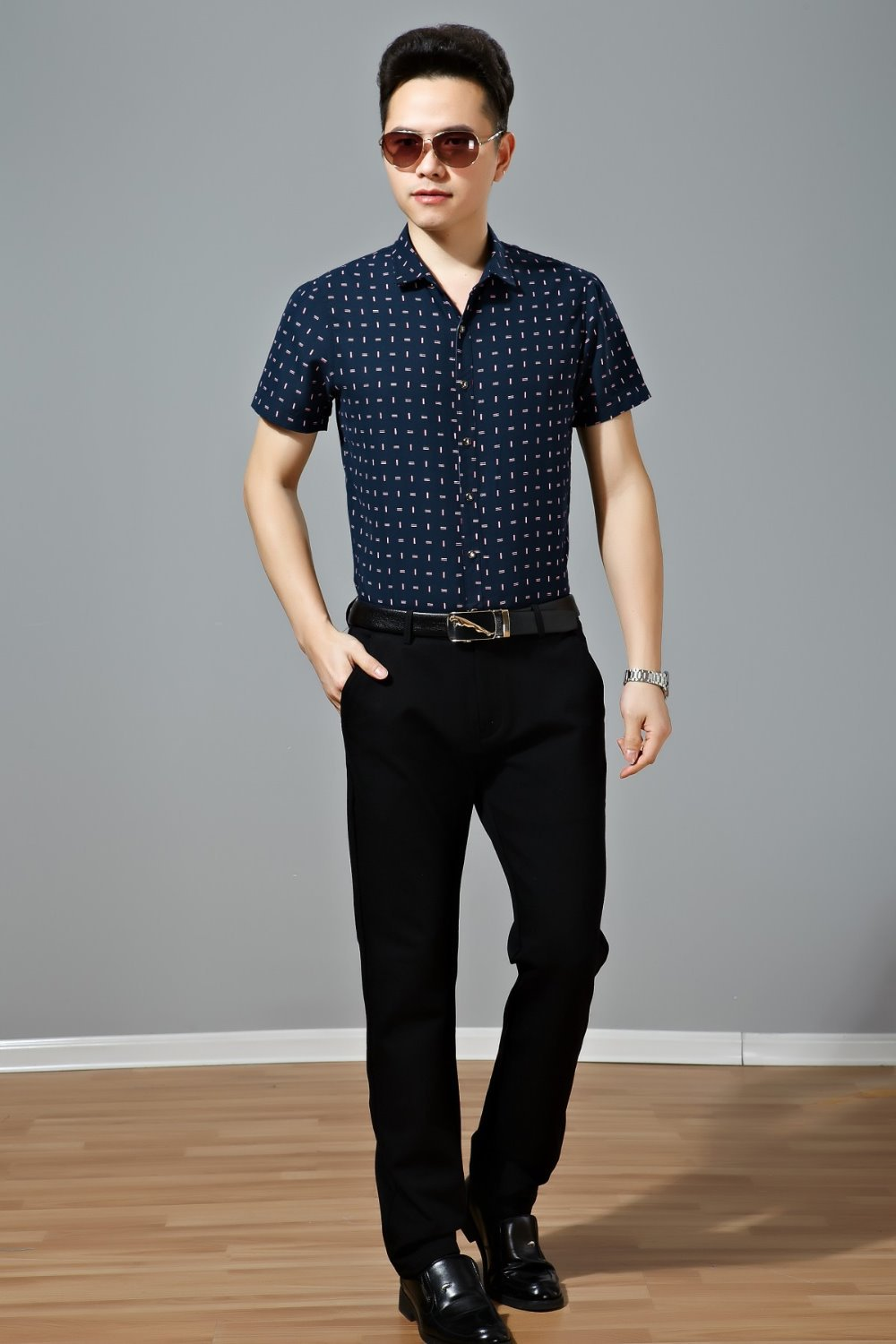 summer business casual attire photo - 1
