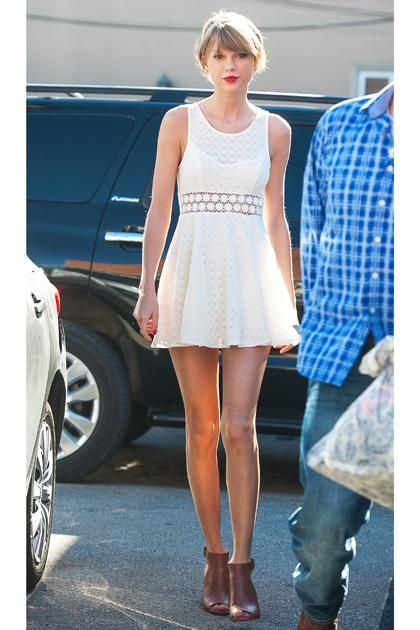 taylor swift casual dress photo - 1