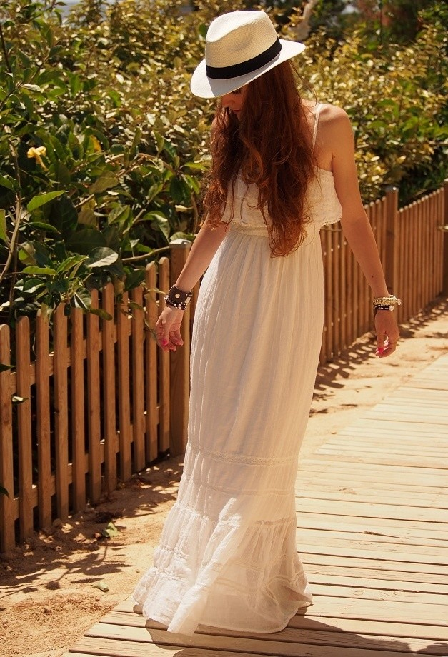 white long dress casual photo - 1