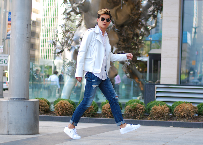 white sneakers mens style photo - 1