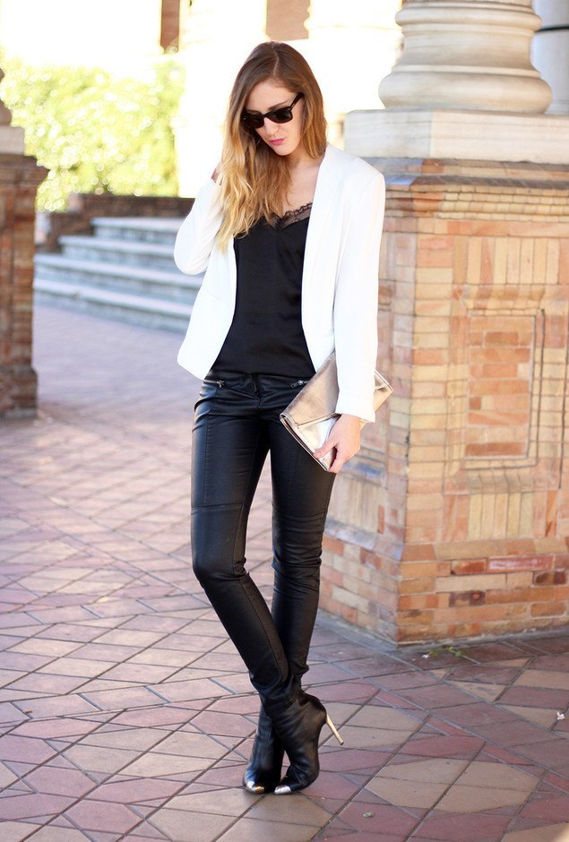 black jeans business casual photo - 1