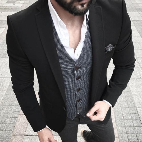 business casual black blazer photo - 1