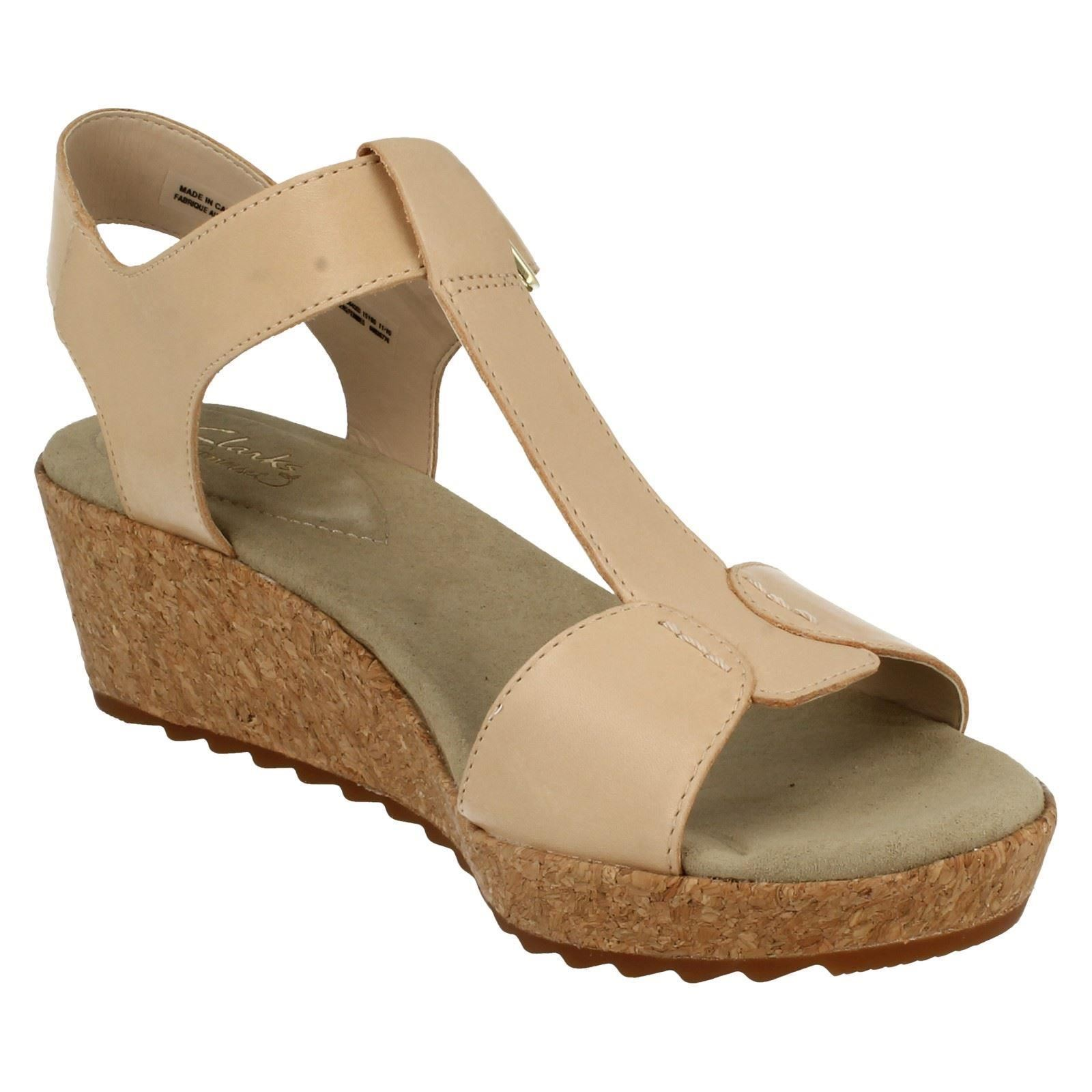 business casual sandals photo - 1