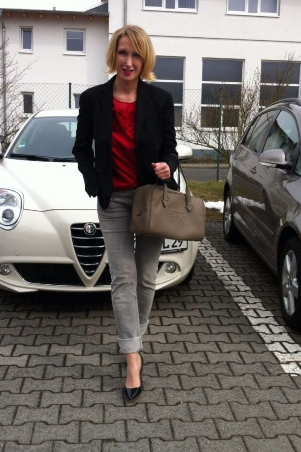 business casual women over 50 photo - 1