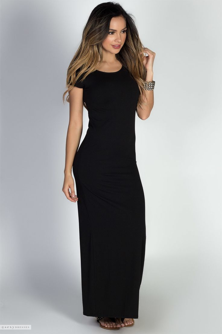 casual black dress with sleeves photo - 1