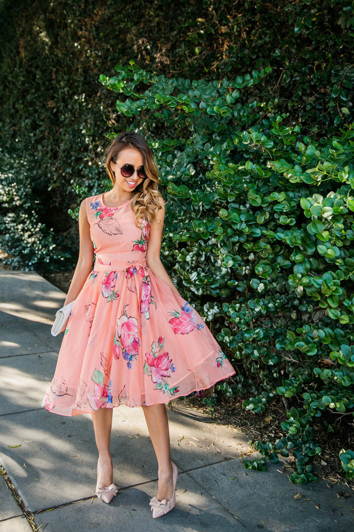 casual dress for wedding guest photo - 1