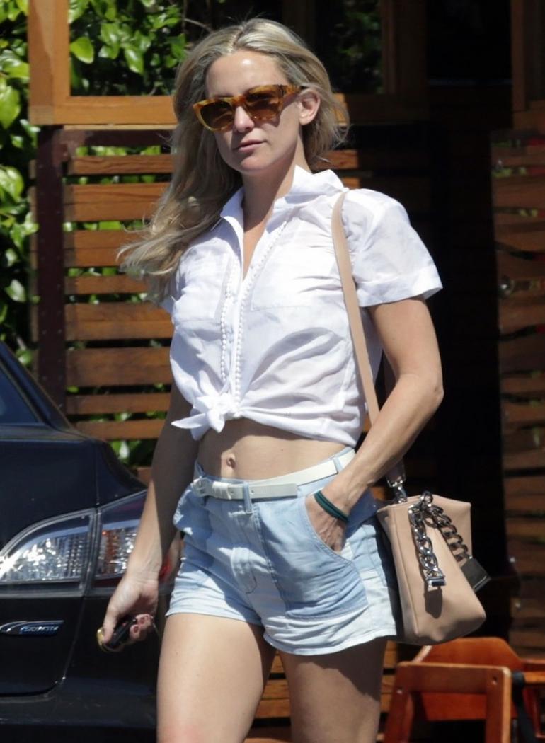 casual dress shorts photo - 1