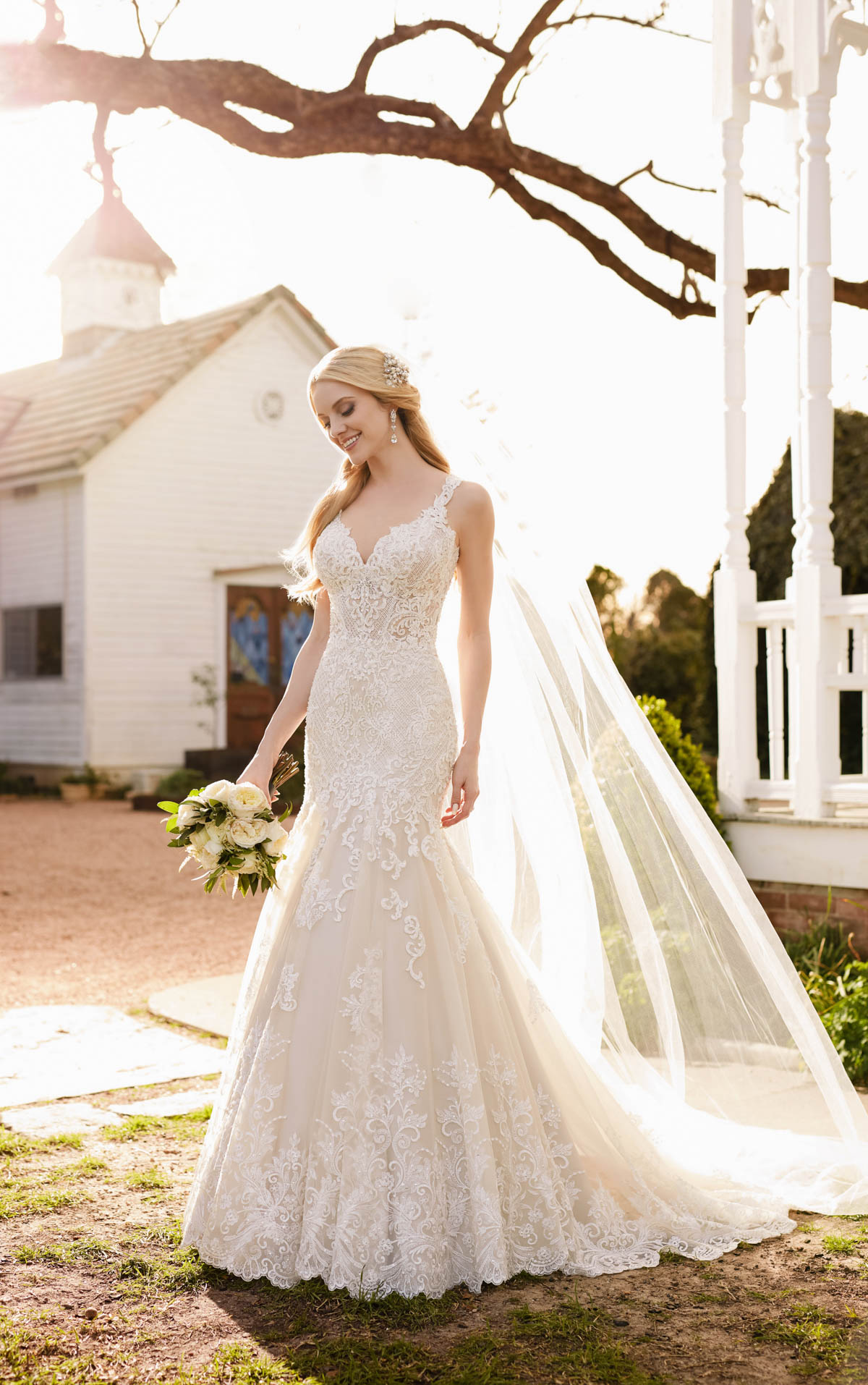 casual lace wedding dress with sleeves photo - 1
