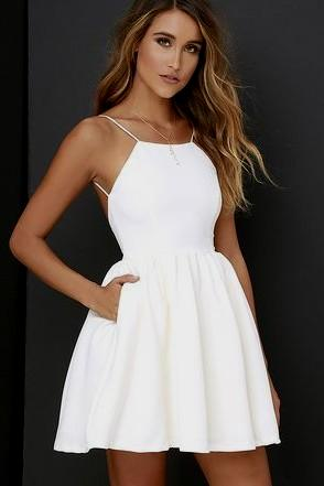 casual white dress for graduation photo - 1