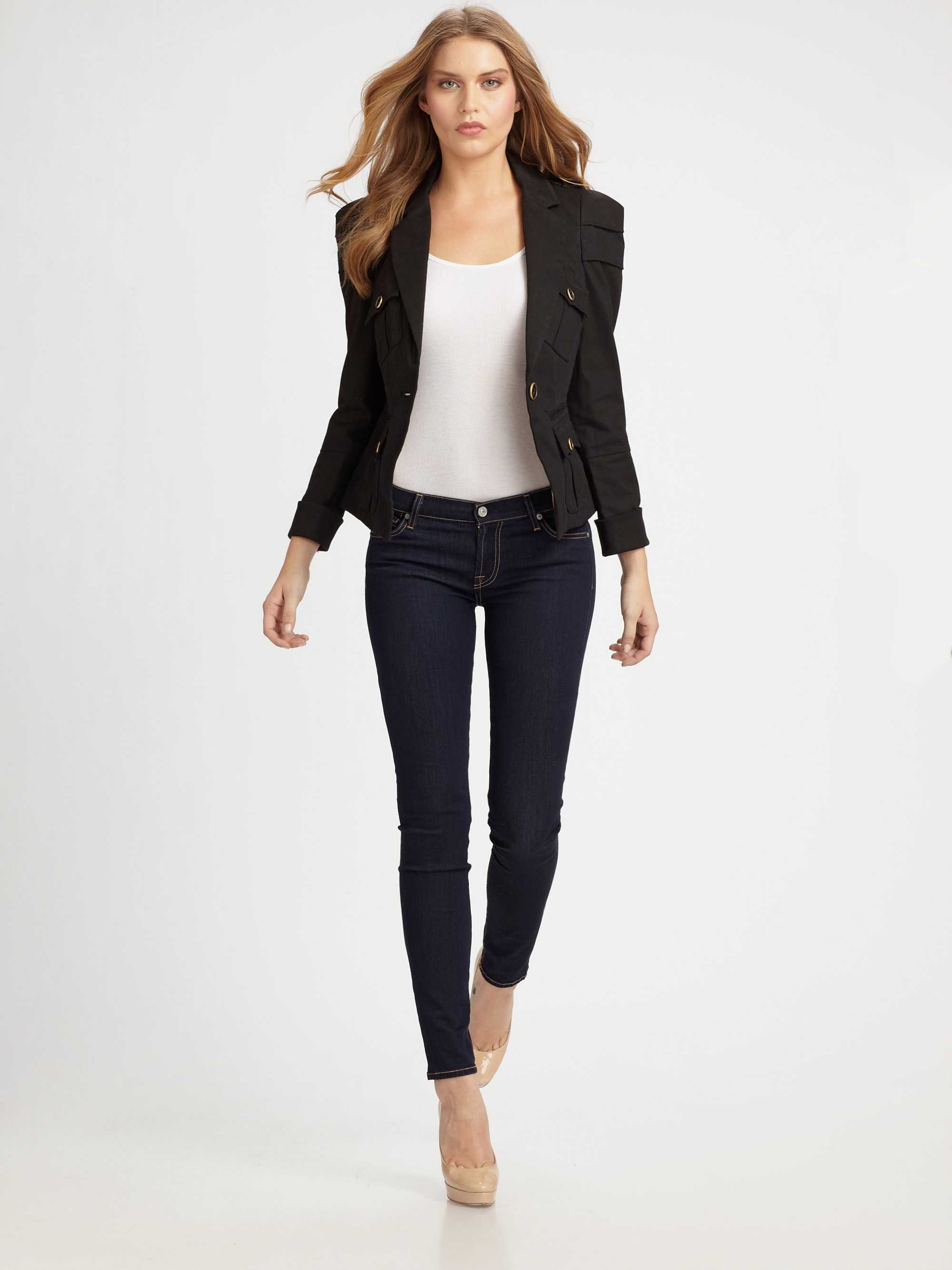 dark jeans business casual photo - 1