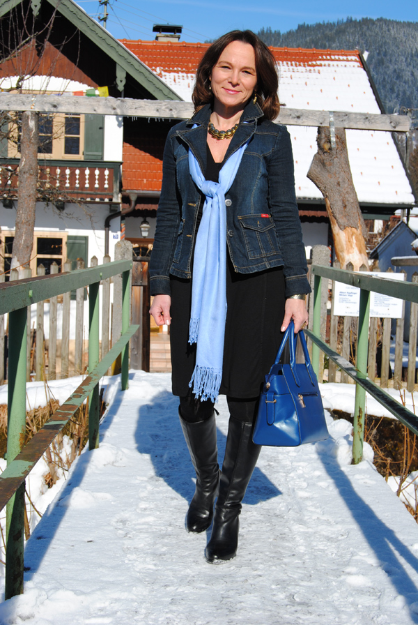denim jacket business casual photo - 1