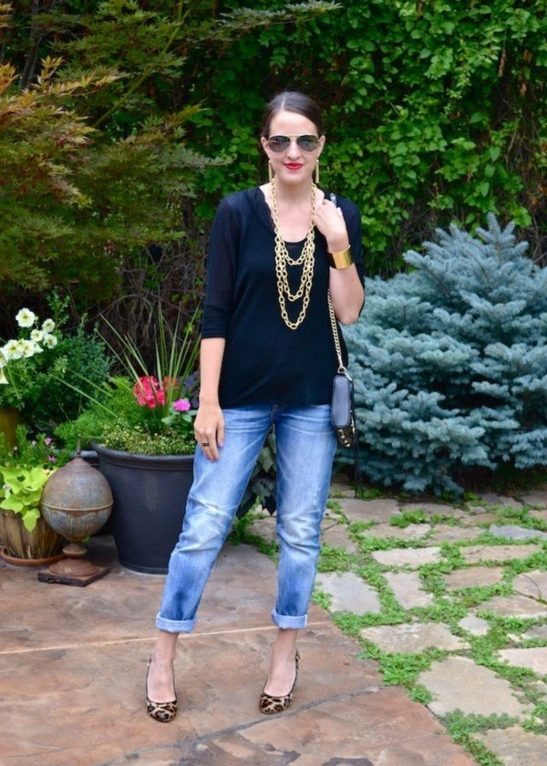 is jeans considered business casual photo - 1