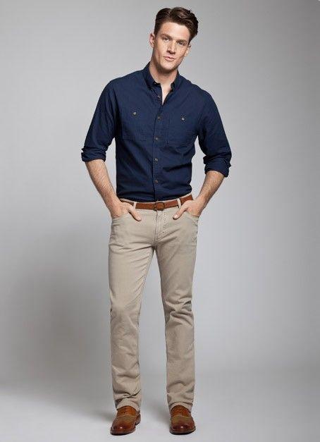 khaki pants business casual photo - 1